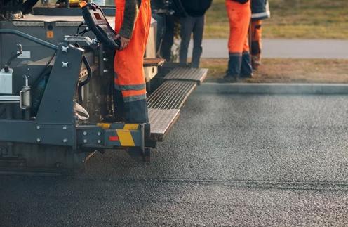 Asphalt Paving Versus Concrete Driveways